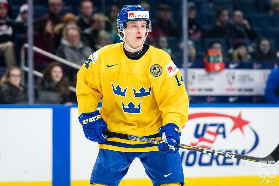 Elias Pettersson onnistui taidolla ja tuurilla.