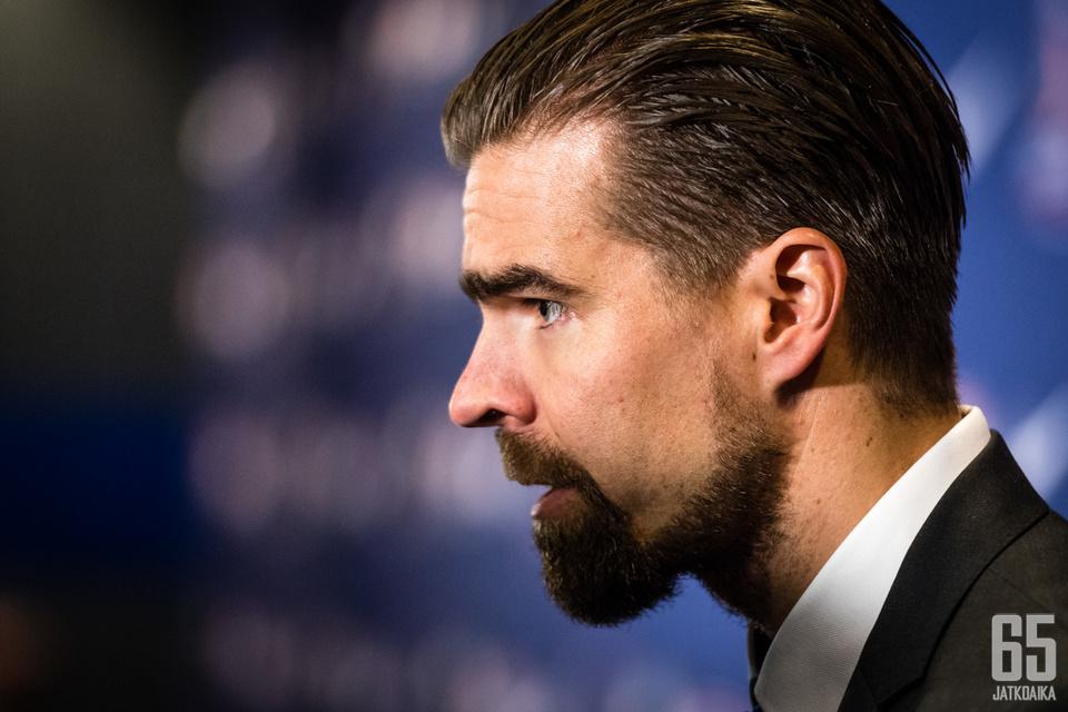 Jussi Ahokas kehuu suomalaisten nuorten pelaajien tasoa.
