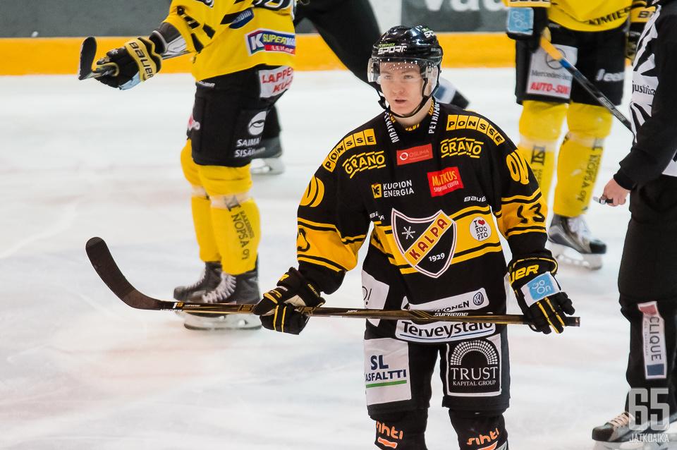 Jesse Mankinen oli ottelussa varsin pirteällä peli päällä ja iski myöskin vierasjoukkueen toisen maalin.