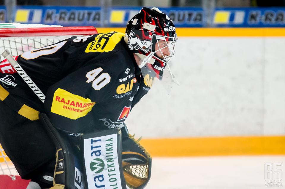 Jussi Rynnäs nollasi Ässät 33 torjunnallaan.