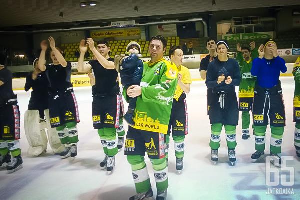 EHC Lustenau on INL:n suomalaisin joukkue peräti viidellä sinivalkoisellaan.