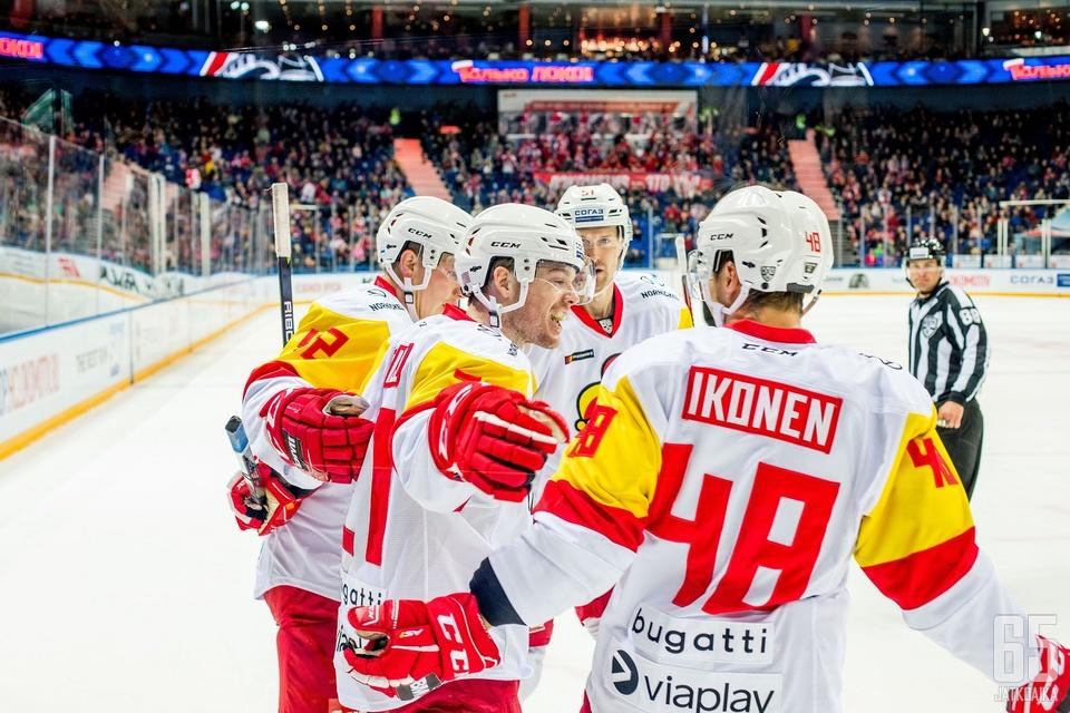Helsingin Jokerit aloitti ja lopetti vierasottelukiertueen voittoisasti.