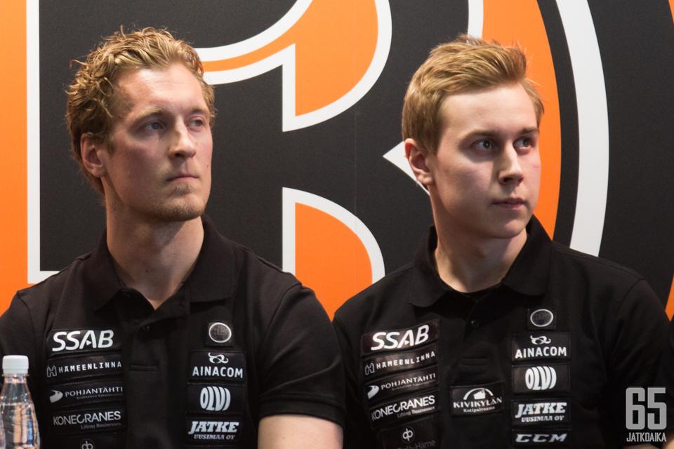 Mikko Lehtonen ja Robert Leino edustavat tulevalla kaudella HPK:ta.