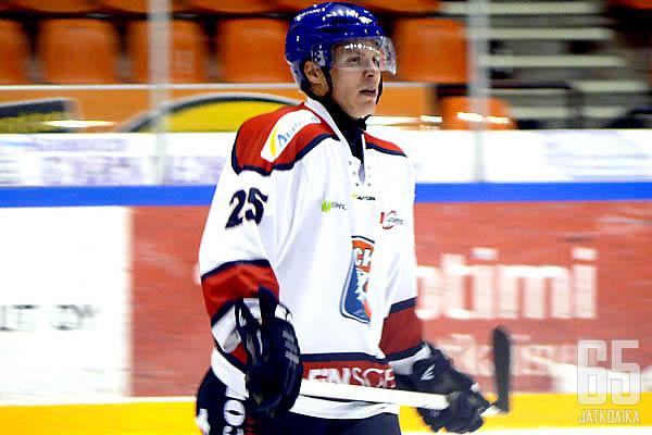 Henrik Forsberg on yksi HCK:n puolustuksen johtohahmoista.