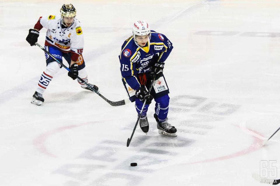 Aatu Luusuaniemi pääsee kokeilemaan Liiga-pelien vauhtia tänään SaiPan väreissä.