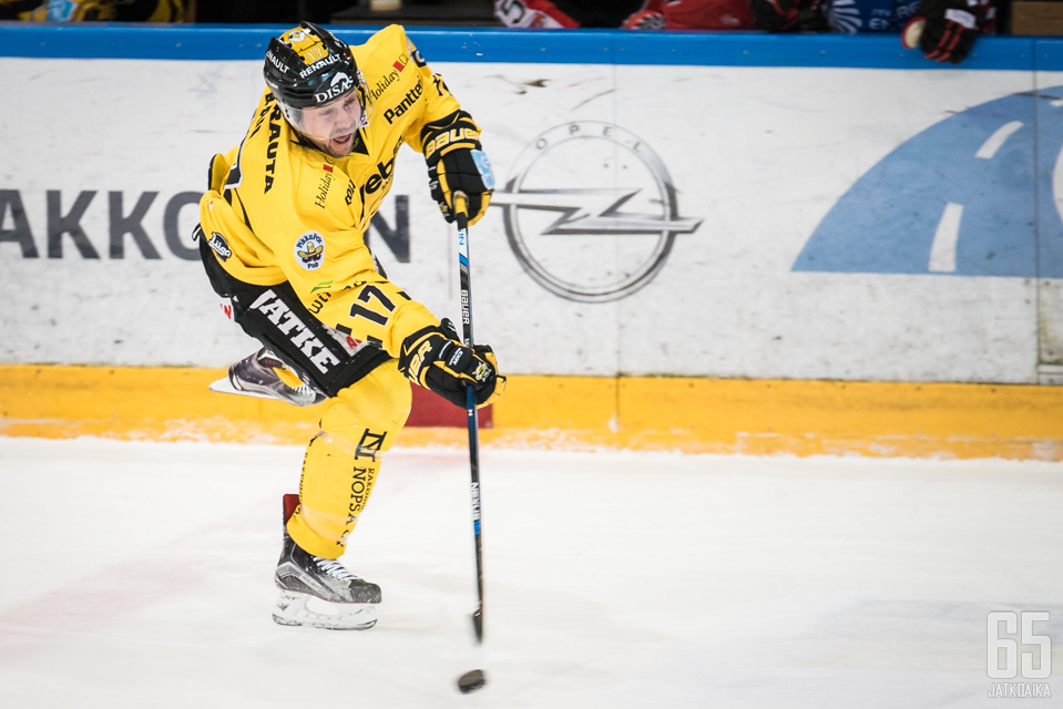 Rau tehtailee maaleja jatkossa KHL-kaukaloissa.