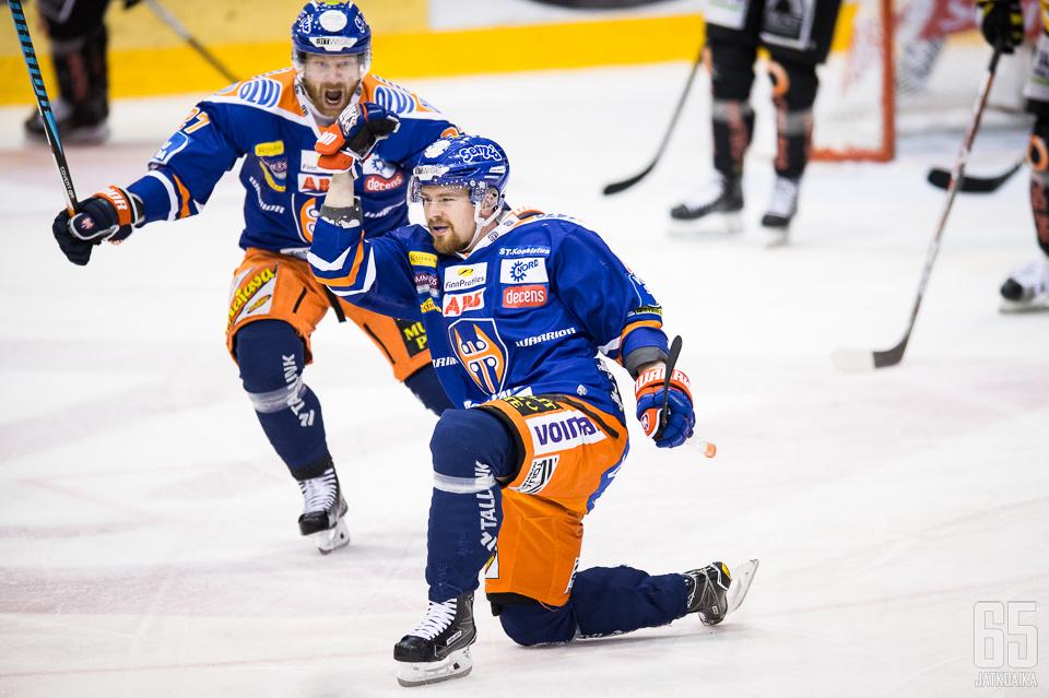 Juhani Jasu ei ole Tapparan hyökkäyksen nimekkäin pelaaja, mutta hän on arvokas joukkueelleen.