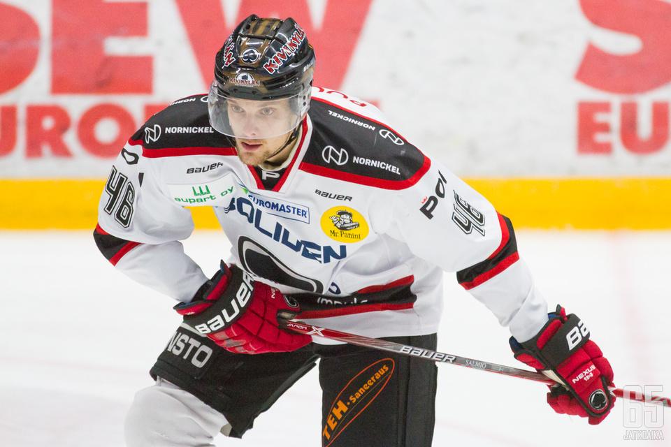 Mikko Salmio pääsi hyvään vireeseen ennen loukkaantumistaan.