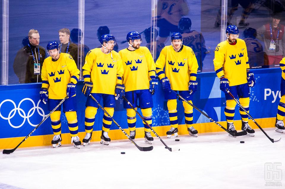 Ruotsin joukkue menetti yhden pelaajan lopputurnauksen ajaksi.