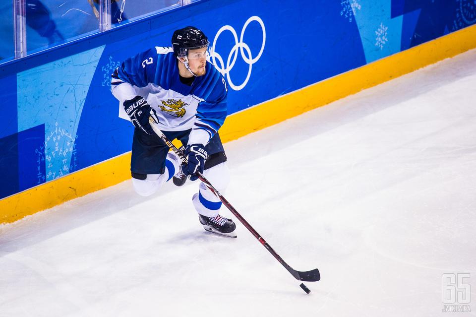 Kokenut Leijonat-kävijä Mikko Lehtonen tasoitti ottelun aivan loppuhetkillä.