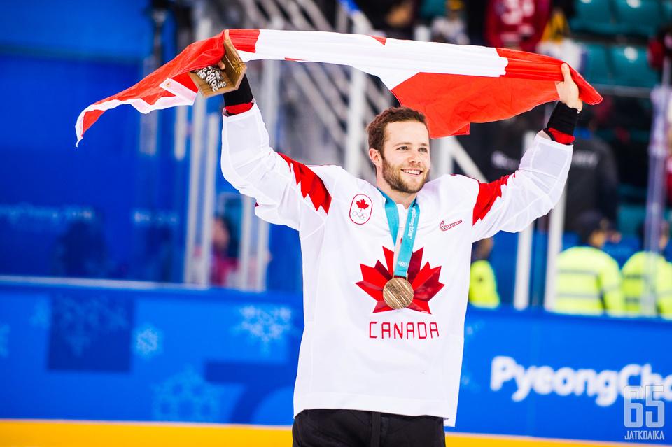 Kanada juhlii pronssimitalia olympialaisissa.