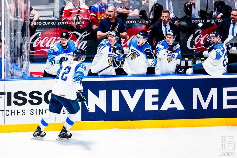 Karjala-turnaukseen on valittu runsaasti pelaajia kevään maailmanmestarijoukkueesta.