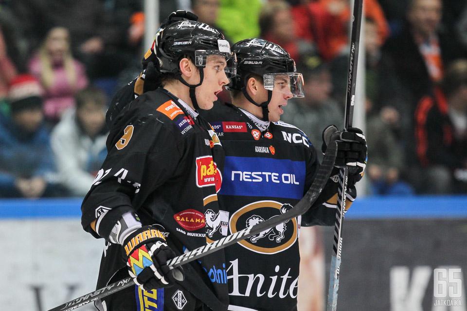Joonas Donskoi jatkaa Kärpissä ainakin kevääseen 2016 saakka.