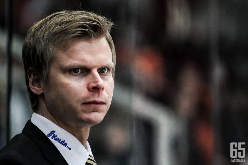 Kiekko-Vantaan uusi päävalmentaja on Jesse Welling.