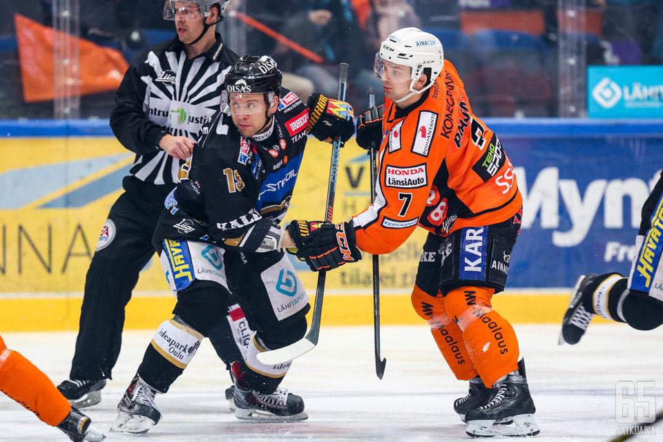 Vielä viime kaudella Juho Keränen ja Otto Paajanen kamppailivat toisiaan vastaan.