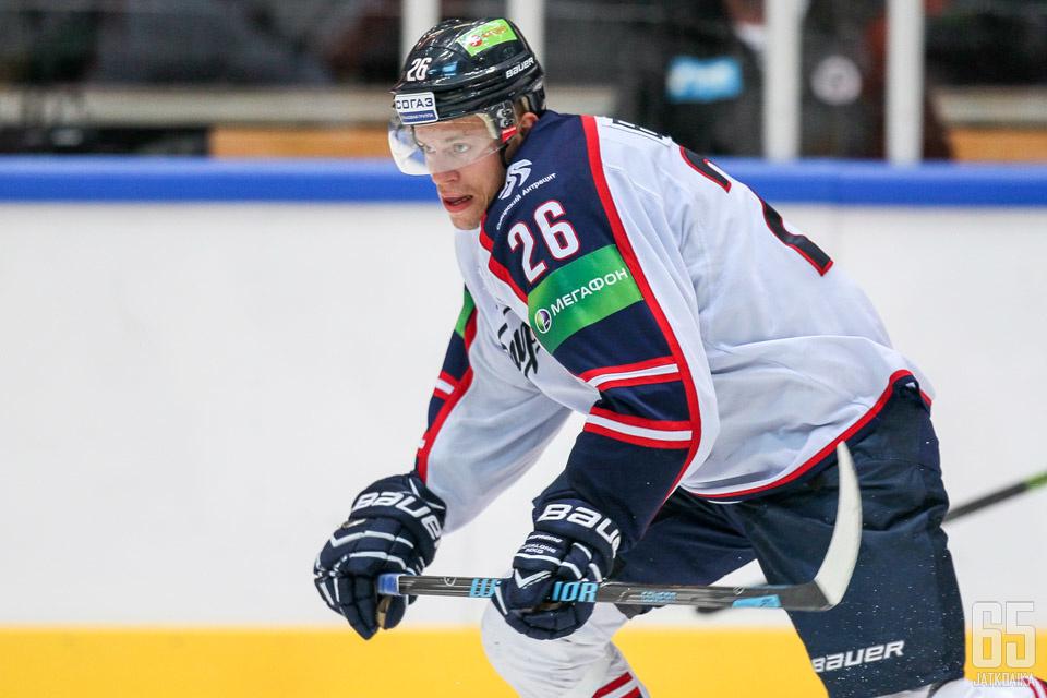 Jonas Enlund palasi Sibiriin, jossa hän oli erinomainen vuosina 2010-15.