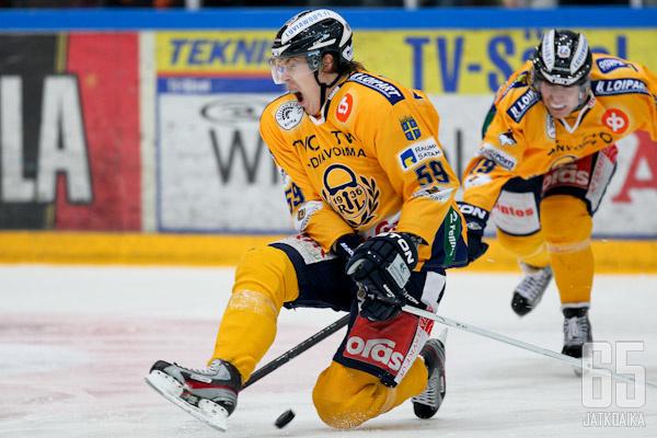 Aki Kangasmäki palaa kaukaloon aikaisintaan maaliskuussa.