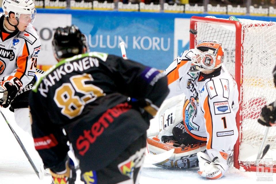 Myös Toni Kähkönen onnistui tänään maalinteossa.