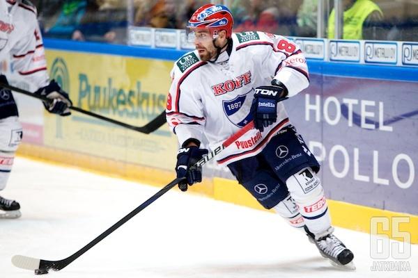 Block liittyy HIFK:sta kesken kauden lähteneiden pelaajien joukkoon.