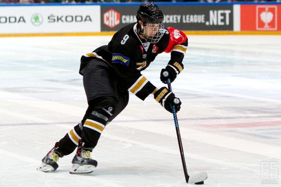 Jesse Puljujärvi näytti perjantai-iltana osaamistaan oululaisyleisölle.