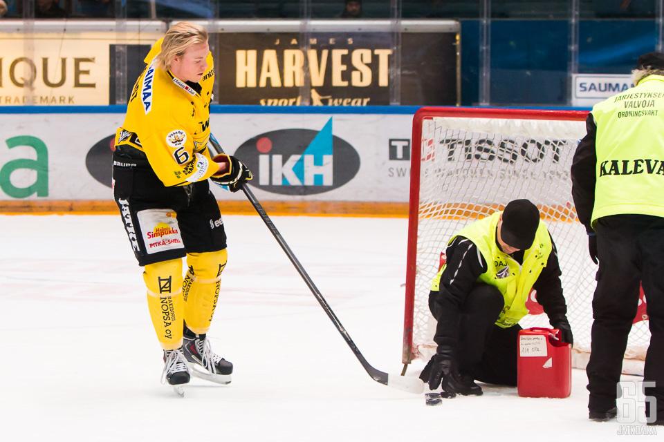 Lofquist on henkilökunnan apuna myös ensi kaudella.