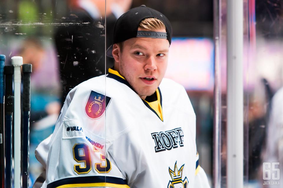 Jani Nieminen on nähty myös aikaisemmin espoolaisseuran maalilla.