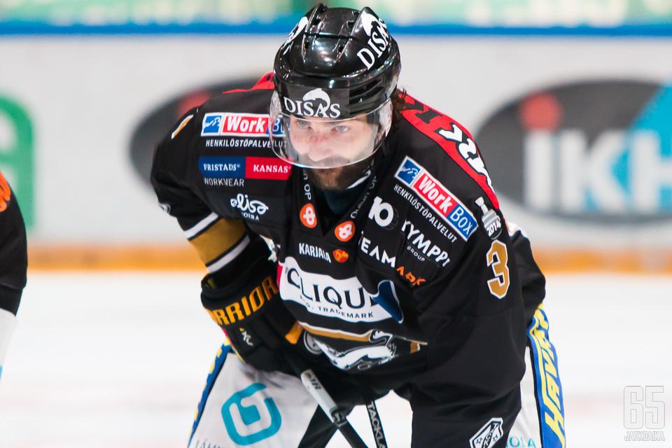 Dan Spangin ura jatkuu KHL:ssä.