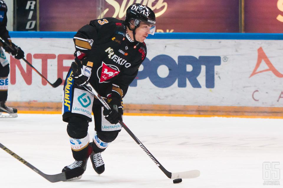 Miska Humaloja palaa takaisin Ouluun.