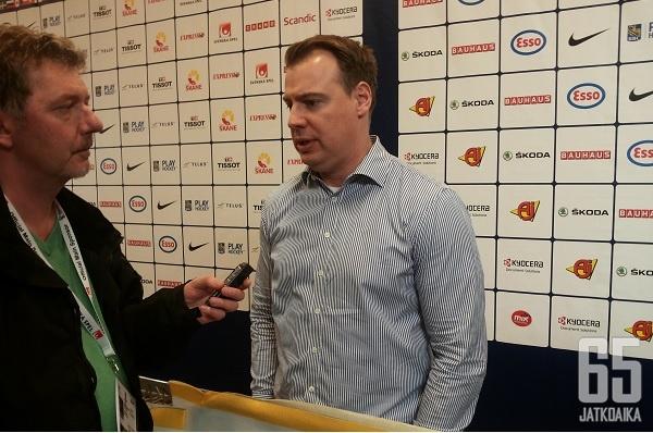 Grönborg on johdattanut Ruotsin maailmanmestaruuteen kahdesti.