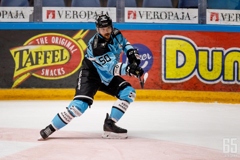 Juhamatti Aaltosen tämän kauden liigadebyytti: 2+1, +1, 10 laukausta ja vajaat 20 minuuttia peliaikaa.