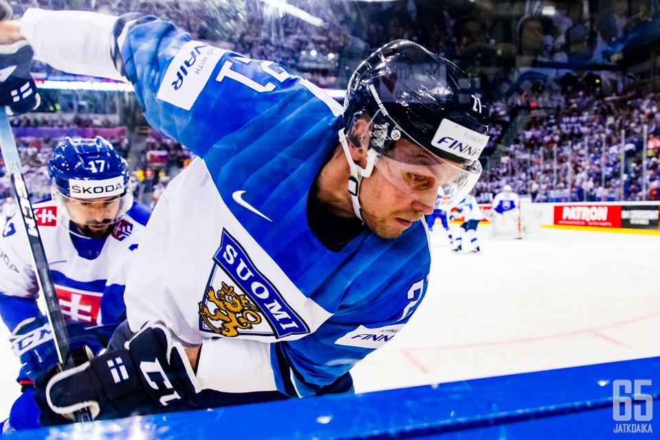 Juhani Tyrväinen on päässyt tositoimiin Slovakian MM-kisoissa.