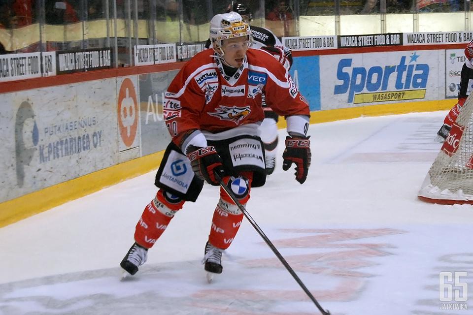 Antti Uitto keräsi ottelusta tehot 0+1.