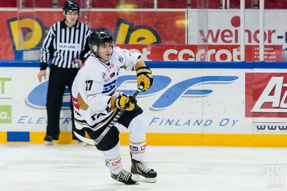 Tuomas Vartiainen pelasi 19 ottelua Liigassa edellisellä kaudella.