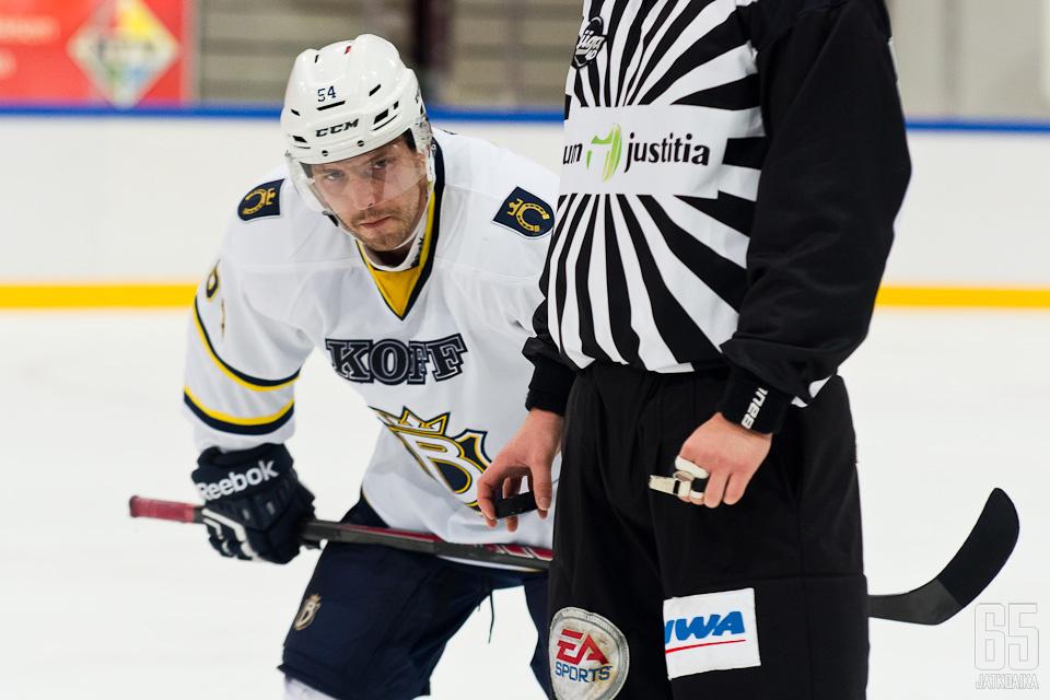Aaltonen tuo paljon liigakokemusta Vantaalle.