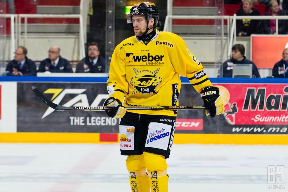 Larsson puolustaa Lappeenrannassa ensi kaudellakin.