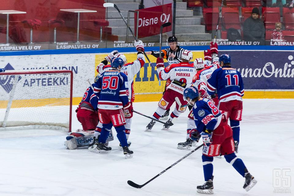Runkosarjan kolmonen TUTO taipui pronssiottelussa Kajaanin Hokille.