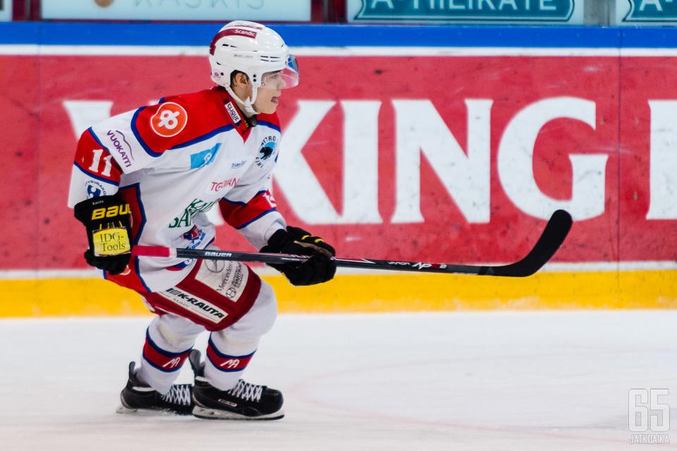 Pitkänen pelasi keväällä Kajaanissa.