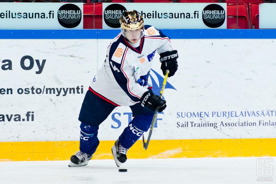 Miikka Männikkö päätti tämänkertaisen Mestis-urakkansa LeKin kultakypäränä.