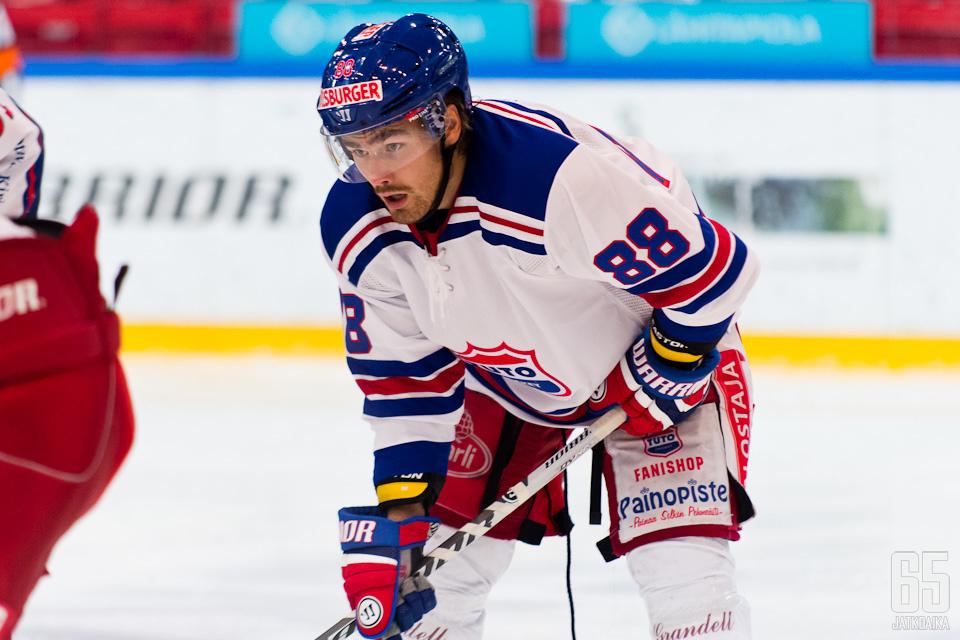 Lehtinen pelasi TUTOssa 38 ottelua.
