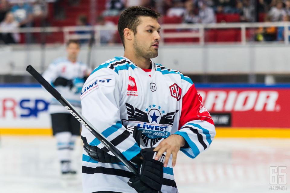 Kozek pelasi toissa kaudella CHL:ää EHC Linzin riveissä.