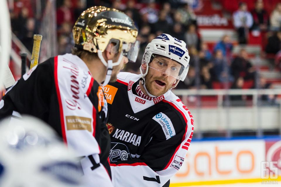 Tomi Kallio (vas.) ja Henrik Tallinder ansaitsevat kaudestaan täyden kympin.