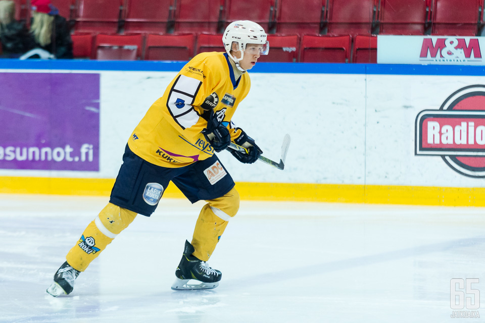 Heikkilä jatkaa tutussa peliasussa.
