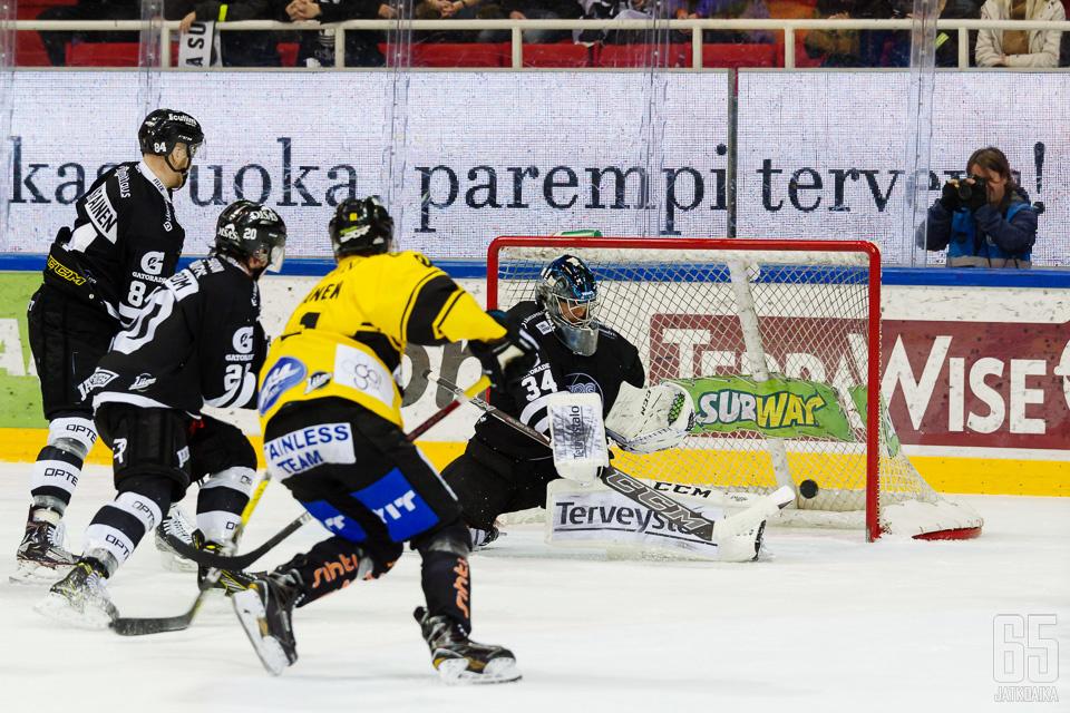 KalPa toivoo kiekon löytävän tiensä maaliin viikon aiempien otteluiden tapaan.