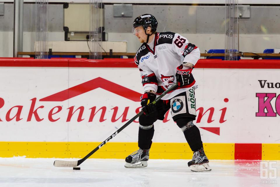 Friman pelasi viime kauden Joensuussa.