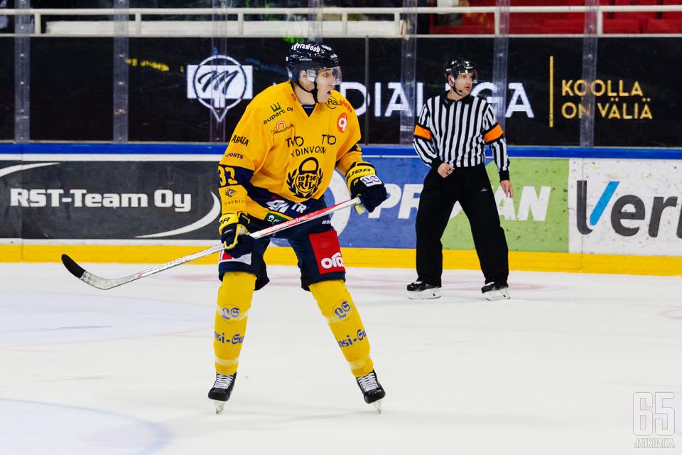 Janne Väyrynen pelasi kuluneella kaudella Lukossa ja KeuPassa.