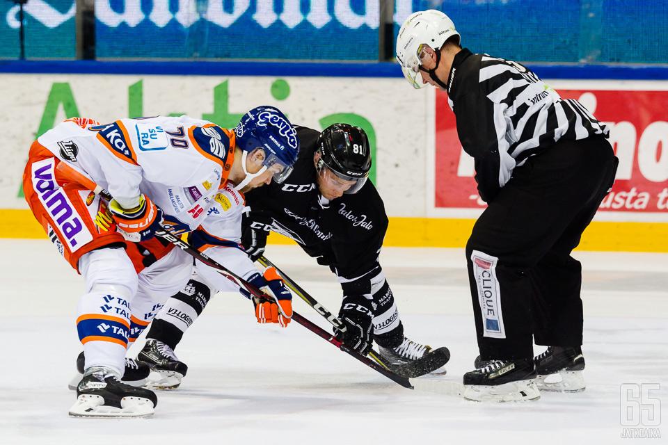Tappara-sopimuksensa purkanut Kärki on siirtymässä Poriin pelaamaan.