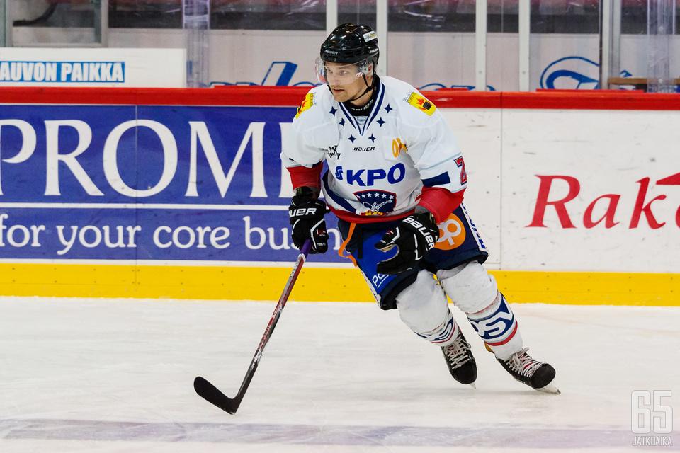 Mattila on tällä kaudella johtanut Hermeksen puolustusta.