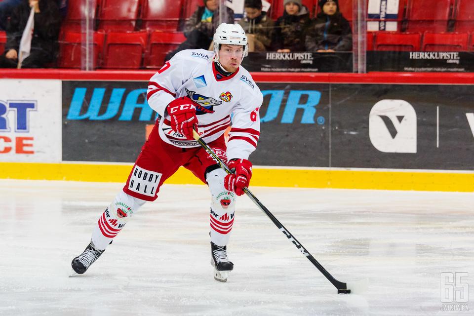 Julius Rantaeskola on pelannut Mestis-urallaan vain Kiekko-Vantaassa.