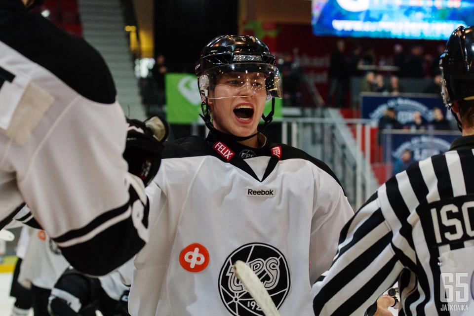 TPS:n Olli Valtola iski heti maalin, kun pääsi kirmaamaan Liiga-jäille.