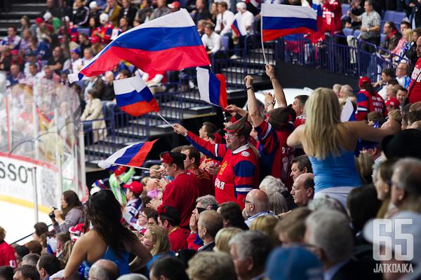 Venäläiskannattajat pääsevät nauttimaan kotikisoista 2023.